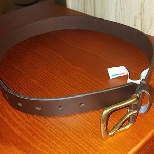 GAP Boys Leather Belt Used One Time Size L